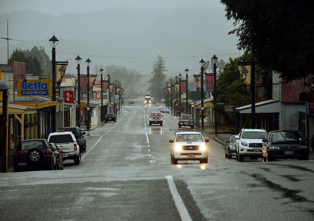 Heavy rain falls on Broadway, SH7 as a storm crossed the South Island at Reefton, New Zealand, Wednesday, Sepotember 11, 2013. Credit:SNPA / Sam James