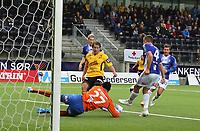 fotball, tippeliga, eliteserien, start, sarpsborg  28.september 2014<br /> Espen Børufsen, Start<br /> Duwayne Kerr, Sarpsborg<br /> Foto: Ole Fjalsett