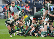 Reading, GREAT BRITAIN, Exiles', Peter RICHARDS, passes the ball, from the back of the scrum, during the Guinness Premiership game, London Irish vs Harlequins, 19.04.2008 [Mandatory Credit Peter Spurrier/Intersport Images]