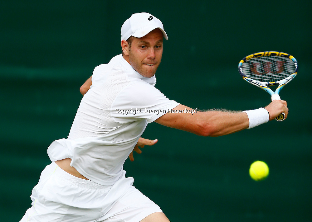 Wimbledon Championships 2013, AELTC,London,<br /> ITF Grand Slam Tennis Tournament,<br /> Julian Reister (GER),Aktion,Einzelbild,Halbkoerper,Querformat,