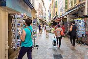 Boutique de cartes postales de la rue Meynadier dans le centre ville de Cannes // Postcards shop in Meynadier street in Cannes center town