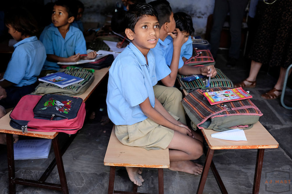 Indian school children at a goverment run school in  Sawaimadhopur India, Monday, Nov. 23, 2015. (AJ Mast)