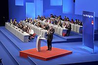 17 NOV 2003, BOCHUM/GERMANY:<br /> Gerhard Schroeder, SPD, Bundeskanzler, haelt eine Rede, im Hintergrund das Podium mit den Mitgliedern des SPD Parteirates - Bundesminister und Ministerpraesidenten -, SPD Bundesparteitag, Ruhr-Congress-Zentrum<br /> IMAGE: 20031117-01-066<br /> KEYWORDS: Parteitag, party congress, SPD-Bundesparteitag, Gerhard Schröder