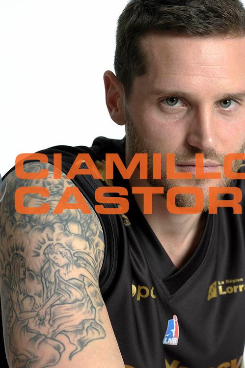 DESCRIZIONE : Championnat de France Pro A Magazine Nancy<br /> GIOCATORE : Grant Kenny<br /> SQUADRA : Nancy<br /> EVENTO : Pro A <br /> GARA : <br /> DATA : 07/10/2012<br /> CATEGORIA : Basketball Homme<br /> SPORT : Basketball<br /> AUTORE : JF Molliere<br /> Galleria : France Basket 2012-2013 Magazine<br /> Fotonotizia : Championnat de France Basket Pro A Remerciements &agrave; l' hotel Arbor<br /> Predefinita :