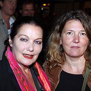 NLD/Utrecht/20070926 - Premiere Duska, Willeke van Ammelrooy en dochter Denise Janzee