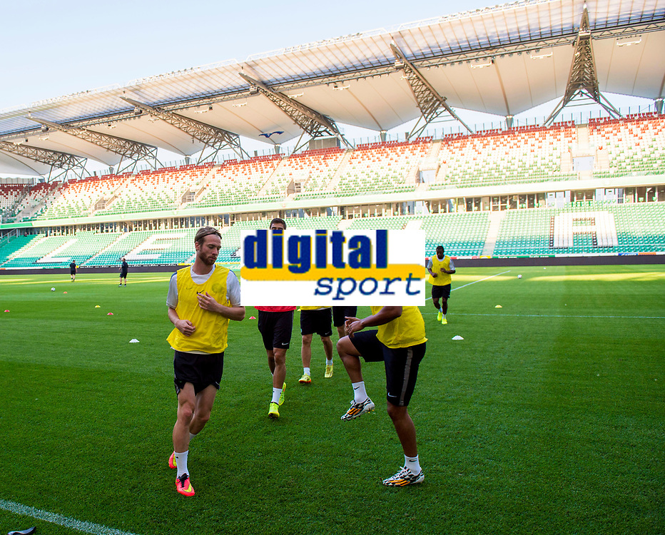 29/07/14<br /> CELTIC TRAINING<br /> PEPSI ARENA - WARSAW<br /> The Celtic squad are put through their paces at the Pepsi Arena in Warsaw