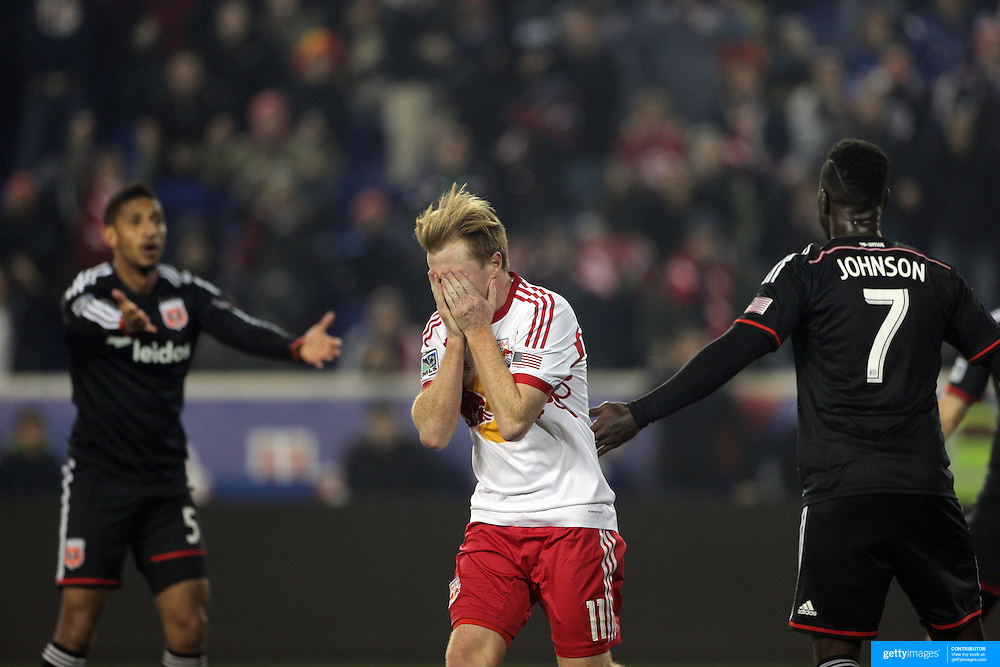 Dax McCarty, New York Red Bulls, reacts after heading over the bar during the New York Red Bulls V DC United, MLS Cup Playoffs, Eastern Conference Semifinals first leg at Red Bull Arena, Harrison, New Jersey. USA. 2nd November 2014. Photo Tim Clayton