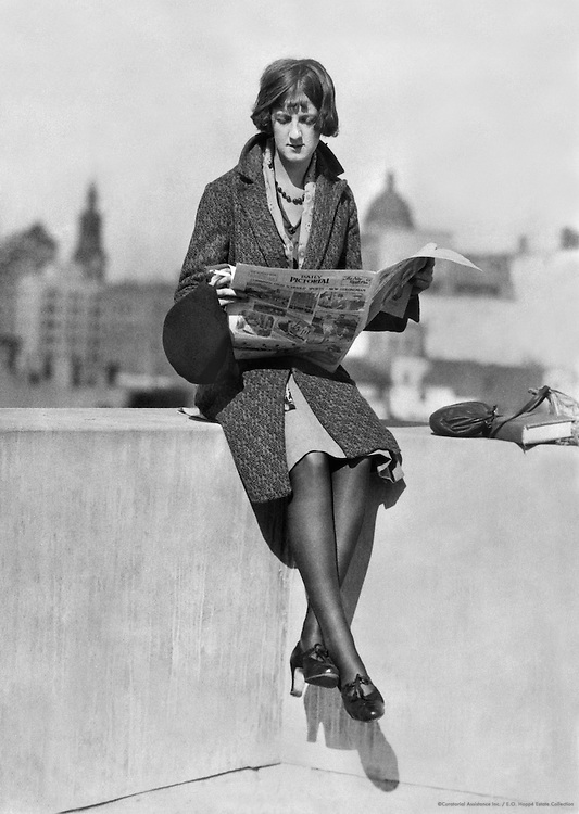 """Fashion Interest, """"A Day In The Life Of a Business Girl"""" Series, Sydney, Australia, 1930"""