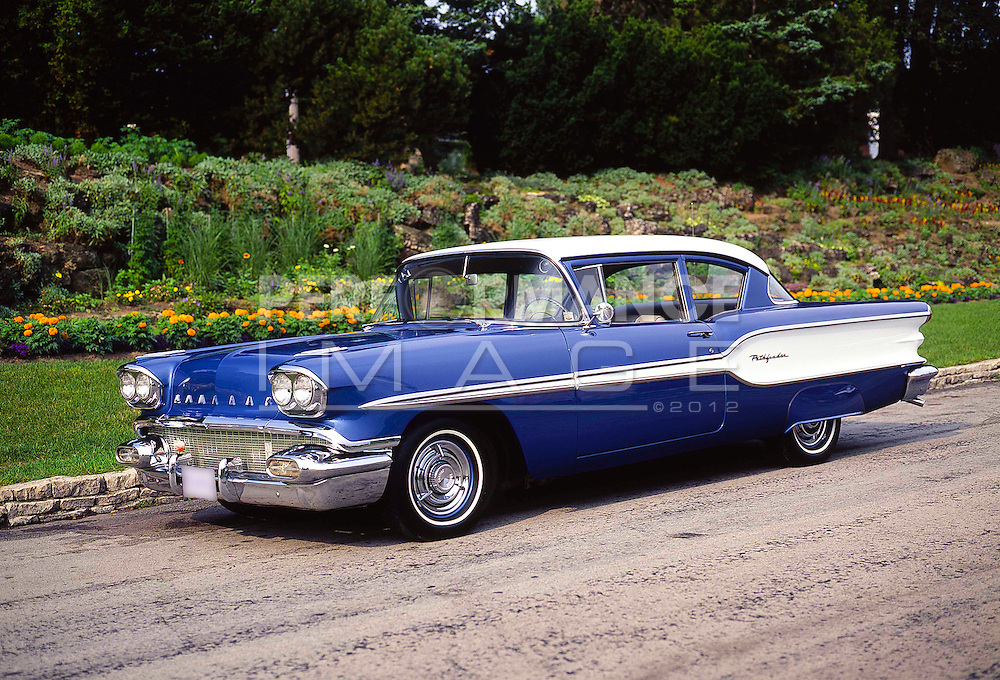1958 Pontiac Pathfinder