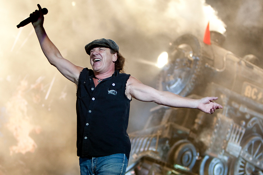 Montreal August 8, 2009 - Brian Johnson and AC/DC perform at Montreal's Olympic Stadium. (THE GAZETTE/Tim Snow)