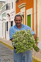 Saúl - Flower Vendor