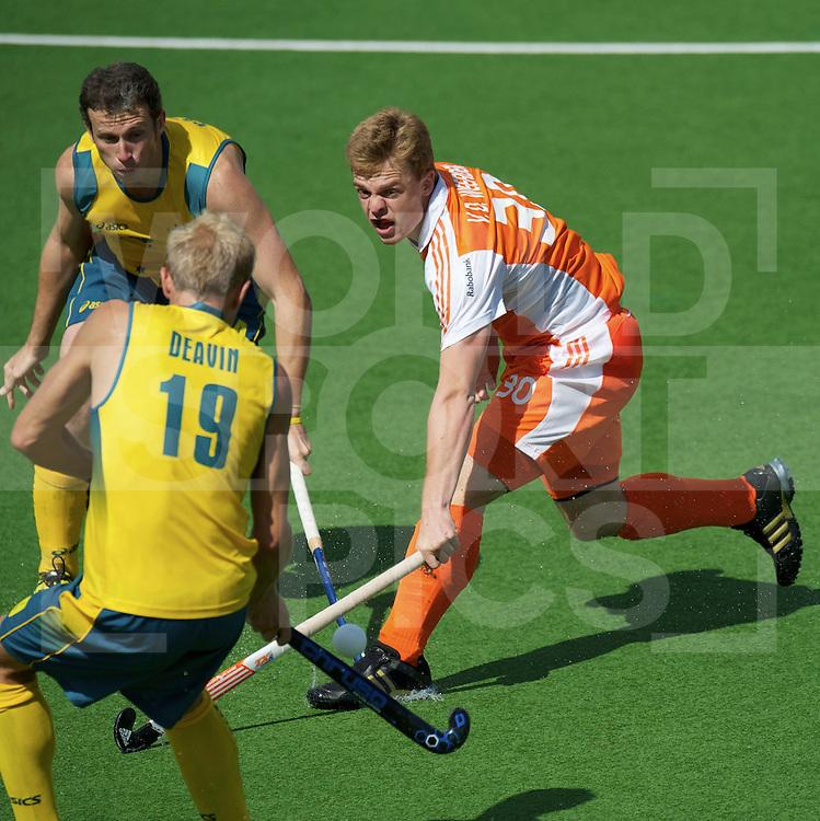 AUCKLAND - Champions Trophy men.Netherlands v Australia.foto:  Mink van der Weerdenn verdedigend..FFU Press Agency  COPYRIGHT FRANK UIJLENBROEK..