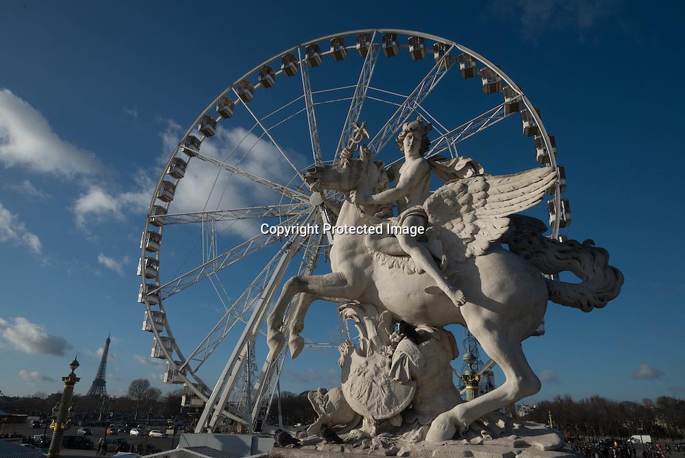 France, Paris, 1st district.  place de la Concorde  / La place de la Concorde
