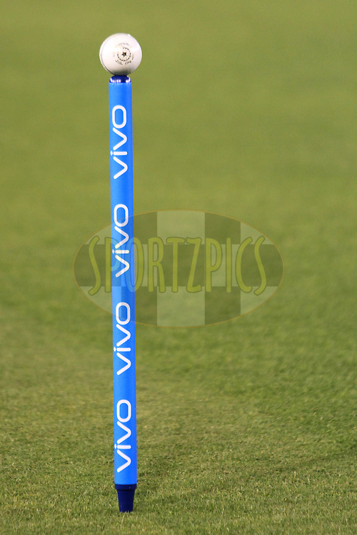 Ball on stump during match 39 of the Vivo Indian Premier League ( IPL ) 2016 between the Kings XI Punjab and the Royal Challengers Bangalore held at the IS Bindra Stadium, Mohali, India on the 9th May 2016<br /> <br /> Photo by Arjun Singh / IPL/ SPORTZPICS