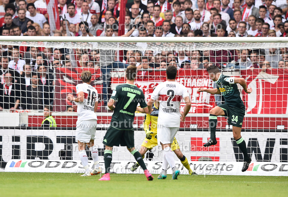 26.09.2015, Mercedes Benz Arena, Stuttgart, GER, 1. FBL, VfB Stuttgart vs Borussia Moenchengladbach, 7. Runde, im Bild TOR zum 0:1 durch Granit Xhaka Borussia Moenchengladbach per Kopfball (rechts) // during the German Bundesliga 7th round match between VfB Stuttgart and Borussia Moenchengladbach at the Mercedes Benz Arena in Stuttgart, Germany on 2015/09/26. EXPA Pictures &copy; 2015, PhotoCredit: EXPA/ Eibner-Pressefoto/ Weber<br /> <br /> *****ATTENTION - OUT of GER*****