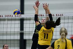 25-10-2014 NED: Prima Donna Kaas Huizen - SV Dynamo Apeldoorn, Huizen<br /> Apeldoorn pakt de drie punten door Huizen met 3-0 te verslaan / Lizzy Koole