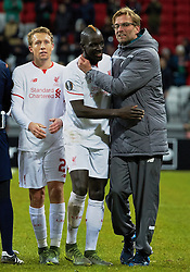 KAZAN, RUSSIA - Thursday, November 5, 2015: Liverpool's manager Jürgen Klopp celebrates with Mamadou Sakho after the 1-0 victory over Rubin Kazan during the UEFA Europa League Group Stage Group B match at the Kazan Arena. (Pic by Oleg Nikishin/Propaganda)