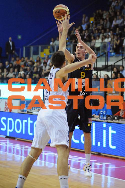 DESCRIZIONE : Biella LNP DNA Adecco Gold 2013-14 Angelico Biella Manital Torino<br /> GIOCATORE : Marco Evangelisti<br /> CATEGORIA : Tiro<br /> SQUADRA : Manital Torino<br /> EVENTO : Campionato LNP DNA Adecco Gold 2013-14<br /> GARA : Angelico Biella Manital Torino<br /> DATA : 20/10/2013<br /> SPORT : Pallacanestro<br /> AUTORE : Agenzia Ciamillo-Castoria/Max.Ceretti<br /> Galleria : LNP DNA Adecco Gold 2013-2014<br /> Fotonotizia : Biella LNP DNA Adecco Gold 2013-14 Angelico Biella<br /> Predefinita :