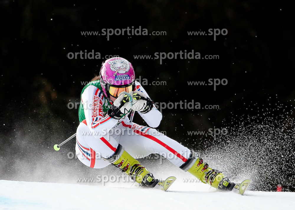 28.12.2010, Panoramapiste, Semmering, AUT, FIS World Cup Ski Alpin, Ladies, Giant Slalom, Bild zeigt Marion Bertrand (FRA), EXPA Pictures © 2010, PhotoCredit: EXPA/ M. Gunn