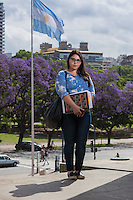 RETRATOS DE ARGENTINOS OPINANDO SOBRE LA VICTORIA DE MAURICIO MACRI Y LA DERROTA DEL PERONISMO EN LAS ELECCIONES ARGENTINAS DEL 2015 PARA LA REVISTA EPOCA DE BRASIL, CIUDAD AUTONOMA DE BUENOS AIRES, ARGENTINA (PHOTO BY © MARCO GUOLI - ALL RIGHTS RESERVED. CONTACT THE AUTHOR FOR IMAGE REPRODUCTION)