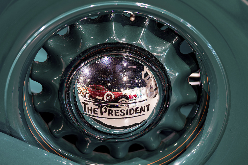 Aug. 1, 2015; Studebaker President hubcap (Photo by Matt Cashore)