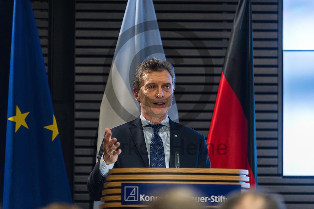 Der Pr&auml;sident Argentiniens Mauricio Macri spricht am 05.07.2016 in der Akademie der Konrad-Adenauer-Stiftung in Berlin, Deutschland. Foto: Markus Heine / heineimaging<br /> <br /> ------------------------------<br /> <br /> Ver&ouml;ffentlichung nur mit Fotografennennung, sowie gegen Honorar und Belegexemplar.<br /> <br /> Bankverbindung:<br /> IBAN: DE65660908000004437497<br /> BIC CODE: GENODE61BBB<br /> Badische Beamten Bank Karlsruhe<br /> <br /> USt-IdNr: DE291853306<br /> <br /> Please note:<br /> All rights reserved! Don't publish without copyright!<br /> <br /> Stand: 07.2016<br /> <br /> ------------------------------