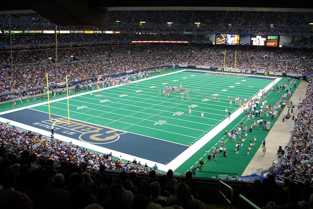 Interior of the Dome at America's Center during the St. Louis Rams 15 to14 win over the New York Giants on 10/14/2001..©Wesley Hitt/NFL Photos
