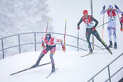 17.12.2017, Nordische Arena, Ramsau, AUT, FIS Weltcup Nordische Kombination, Langlauf, im Bild Lukas Klapfer (AUT), Vinzenz Geiger (GER) // Lukas Klapfer of Austria, Vinzenz Geiger of Germany during Cross Country Competition of FIS Nordic Combined World Cup, at the Nordic Arena in Ramsau, Austria on 2017/12/17. EXPA Pictures © 2017, PhotoCredit: EXPA/ Dominik Angerer