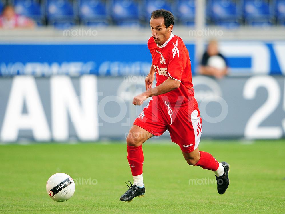 FUSSBALL   BUNDESLIGA   TESTSPIEL  SAISON 2008/2009 MSV Duisburg - 1. FC Koeln                 01.08.2008 PETIT (1. FC Koeln) Einzelaktion am Ball
