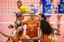 26-08-2017 NED: World Qualifications Netherlands - Slovenia, Rotterdam<br /> De Nederlandse volleybalsters plaatsten zich eenvoudig voor het WK volgend jaar in Japan. Ook Sloveni&euml; wordt met 3-0 verslagen / Nika Daalderop #19 of Netherlands, Femke Stoltenborg #2 of Netherlands, Robin de Kruijf #5 of Netherlands