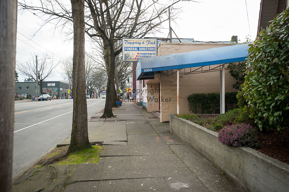 2017 JANUARY 16 - Dayspring & Fitch, Funeral Directors on Rainier Ave S in Hillman City, Seattle, WA, USA. By Richard Walker