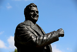 A general view of the statue of former Leeds United manager Don Revie outside the stadium prior to the Sky Bet Championship match at Elland Road, Leeds.