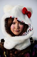 tokyo tokio jongeren  afzetten tegen de maatschappij . japan japanneres , verkleden outfit azie copyright robin utrecht