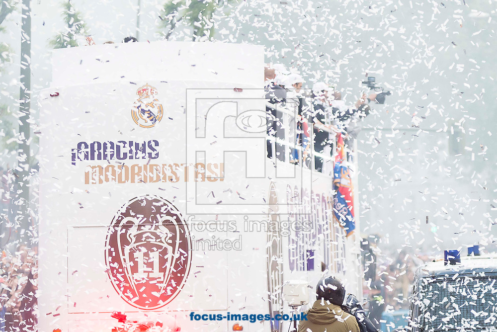 Real Madrid players celebrate winning the UEFA Champions League with an open top bus tour at Cibeles Square, Madrid<br /> Picture by EXPA Pictures/Focus Images Ltd 07814482222<br /> 29/05/2016<br /> ***UK &amp; IRELAND ONLY***<br /> EXPA-ESP-160529-0115.jpg