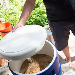 Niche | Ep. 1 - Home Brewed (051416)