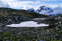 Norway, Jotunheimen. The mountains above Gjende Lake between Storådalen and Memurubu.