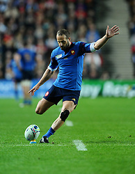 Frederic Michalak of France kicks for goal  - Mandatory byline: Joe Meredith/JMP - 07966386802 - 01/10/2015 - Rugby Union, World Cup - Stadium:MK -Milton Keynes,England - France v Canada - Rugby World Cup 2015