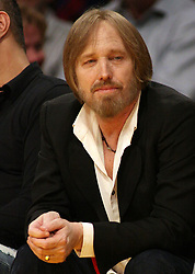 October 2, 2017 - Los Angeles, California, U.S - Monday, October 2, 2017. Tom Petty on life support at UCLA Medical Center Santa Monica after apparent heart attack in his Malibu, California home. FILE PHOTO: Tom Petty at the Los Angeles Clippers and the Los Angeles Lakers game at Staples Center on Friday, February 25, 2011 in Los Angeles, California. BURT  HARRIS/PI (Credit Image: © Prensa Internacional via ZUMA Wire)