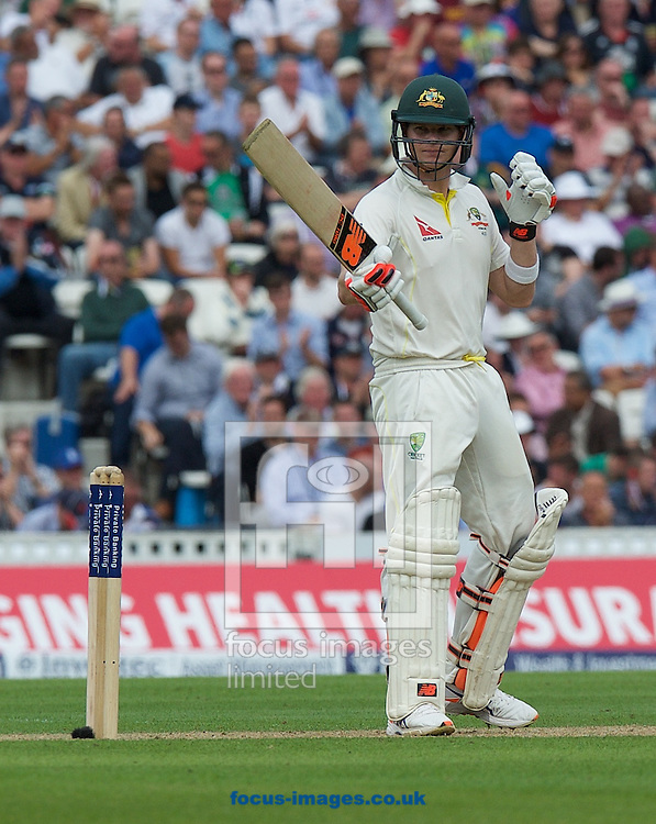 Steven Smith of Australia acknowledges his 50 during the 5th Investec Ashes Test Match match at the Kia Oval, London<br /> Picture by Alan Stanford/Focus Images Ltd +44 7915 056117<br /> 20/08/2015
