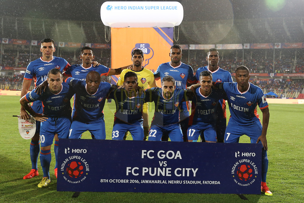 FC Goa players for group photo  during match 8 of the Indian Super League (ISL) season 3 between FC Goa and FC Pune City held at the Fatorda Stadium in Goa, India on the 8th October 2016.<br /> <br /> Photo by Faheem Hussain / ISL/ SPORTZPICS