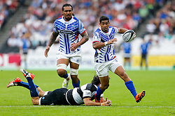 Samoa Winger Ken Pisi gets away from Barbarians replacement Jacques Potgieter (Ms Blues & South Africa) - Mandatory byline: Rogan Thomson/JMP - 07966 386802 - 29/08/2015 - RUGBY UNION - The Stadium at Queen Elizabeth Olympic Park - London, England - Barbarians v Samoa - International Friendly.