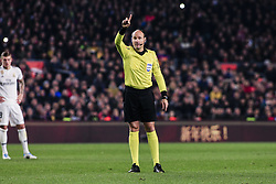 February 6, 2019 - Barcelona, Spain - The referee Mateu Laoz during the semi-final first leg of Spanish King Cup / Copa del Rey football match between FC Barcelona and Real Madrid on 04 of February of 2019 at Camp Nou stadium in Barcelona, Spain  (Credit Image: © Xavier Bonilla/NurPhoto via ZUMA Press)