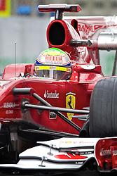 O piloto brasileiro de Fórmula 1 Felipe Massa acelera sua Ferrari, durante o circuito do Grande Prémio do Brasil em Interlagos, em São Paulo. FOTO: Jefferson Bernardes/Preview.com