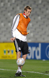 MARSEILLE, FRANCE - Monday, December 10, 2007: Liverpool's Peter Crouch training at the Stade Velodrome ahead of the final UEFA Champions League Group A match against Olympique de Marseille. Liverpool must win to progress to the knock-out stage. (Photo by David Rawcliffe/Propaganda)