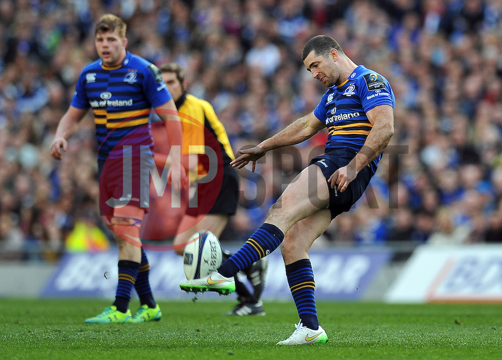 Rob Kearney of Leinster puts boot to ball - Photo mandatory by-line: Patrick Khachfe/JMP - Mobile: 07966 386802 04/04/2015 - SPORT - RUGBY UNION - Dublin - Aviva Stadium - Leinster Rugby v Bath Rugby - European Rugby Champions Cup