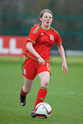 NEWPORT, WALES - Friday, April 1, 2016: Wales' Sian Rees in action against the Republic of Ireland during Day 1 of the Bob Docherty International Tournament 2016 at Dragon Park. (Pic by David Rawcliffe/Propaganda)