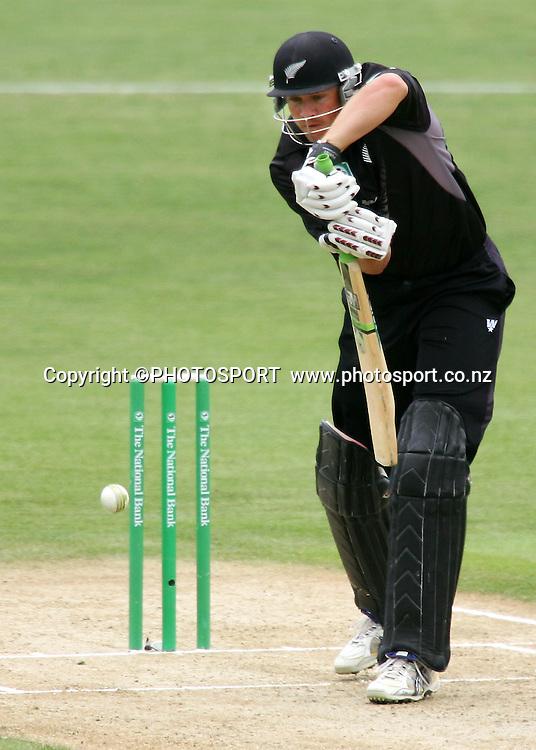 Peter Fulton plays a shot. New Zealand v Bangladesh, 2nd ODI, McLean Park, Napier, New Zealand. Friday 28 December 2007. Photo: John Cowpland/PHOTOSPORT