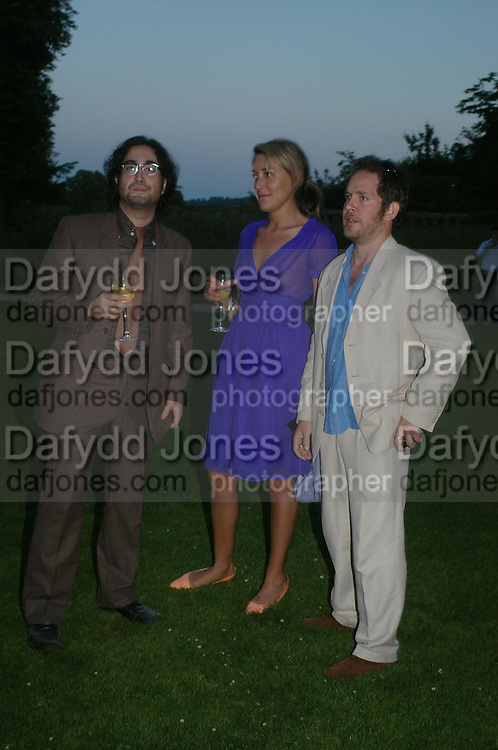 Sean Lennon and Tom Hollander. Mollie Dent-Brocklehurst and Vanity Fair host  the opening of 'Vertigo'  a mixed art exhibition at Sudeley Castle. Winchombe, Gloucestershire. 18 June 2005. ONE TIME USE ONLY - DO NOT ARCHIVE  © Copyright Photograph by Dafydd Jones 66 Stockwell Park Rd. London SW9 0DA Tel 020 7733 0108 www.dafjones.com