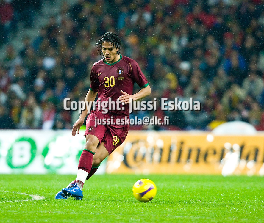 Bruno Alves, Portugali-Suomi 21.11.2007. Photo: Jussi Eskola