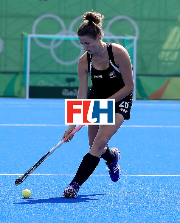 RIO DE JANEIRO, BRAZIL - AUGUST 15:  Pippa Hayward #26 of New Zealand controls the ball in a quarterfinal match against Australia at Olympic Hockey Centre on August 15, 2016 in Rio de Janeiro, Brazil.  (Photo by Sam Greenwood/Getty Images)